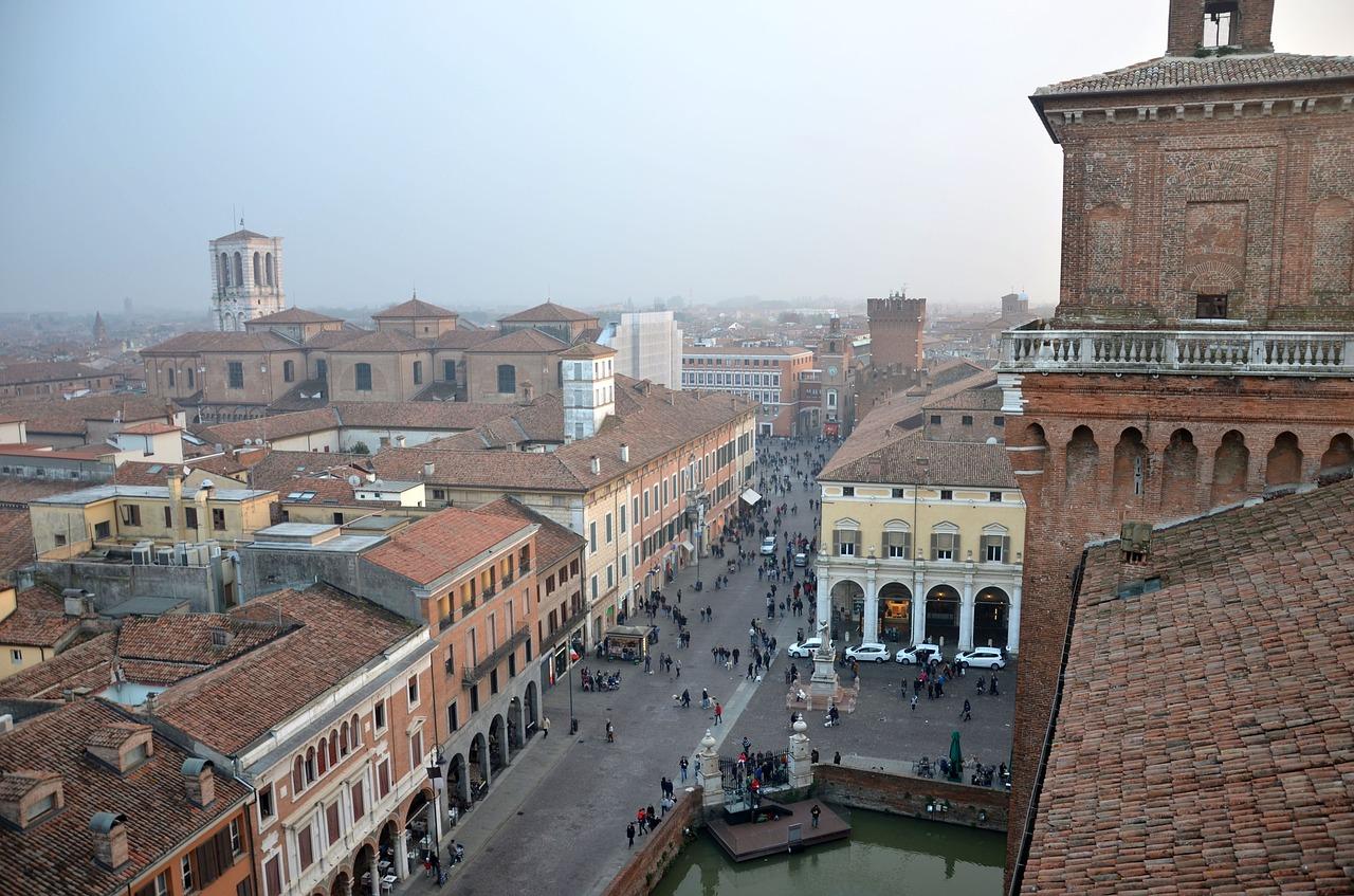 Comacchio – Carnevale sull'acqua – Ferrara, Delta del Pò e il Carnevale sull'acqua di Comacchio