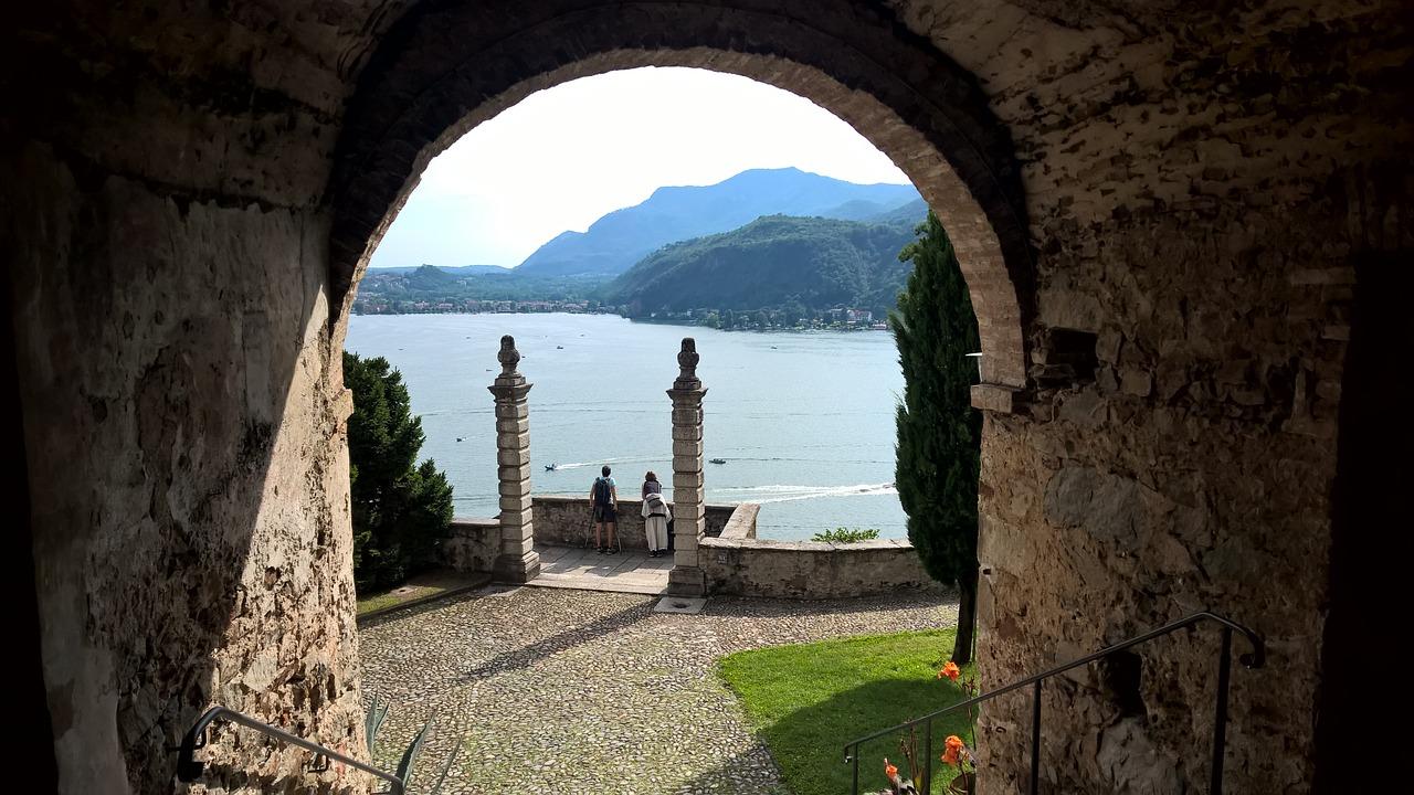 Lugano, Locarno e il Treno delle Centovalli