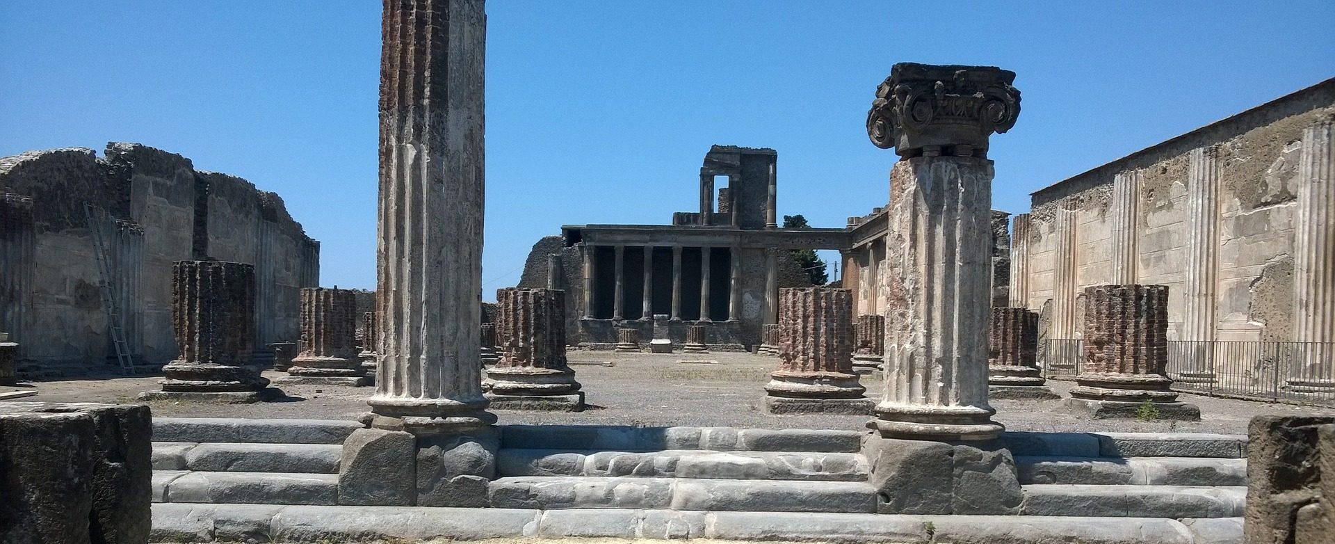 Paestum, Pompei e il Vesuvio